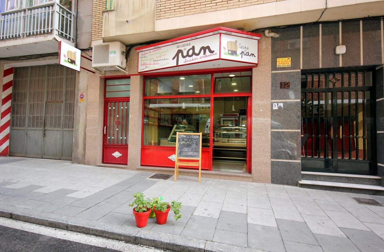 Entramos en La Casita de Pan, una panadería en Salamanca muy especial