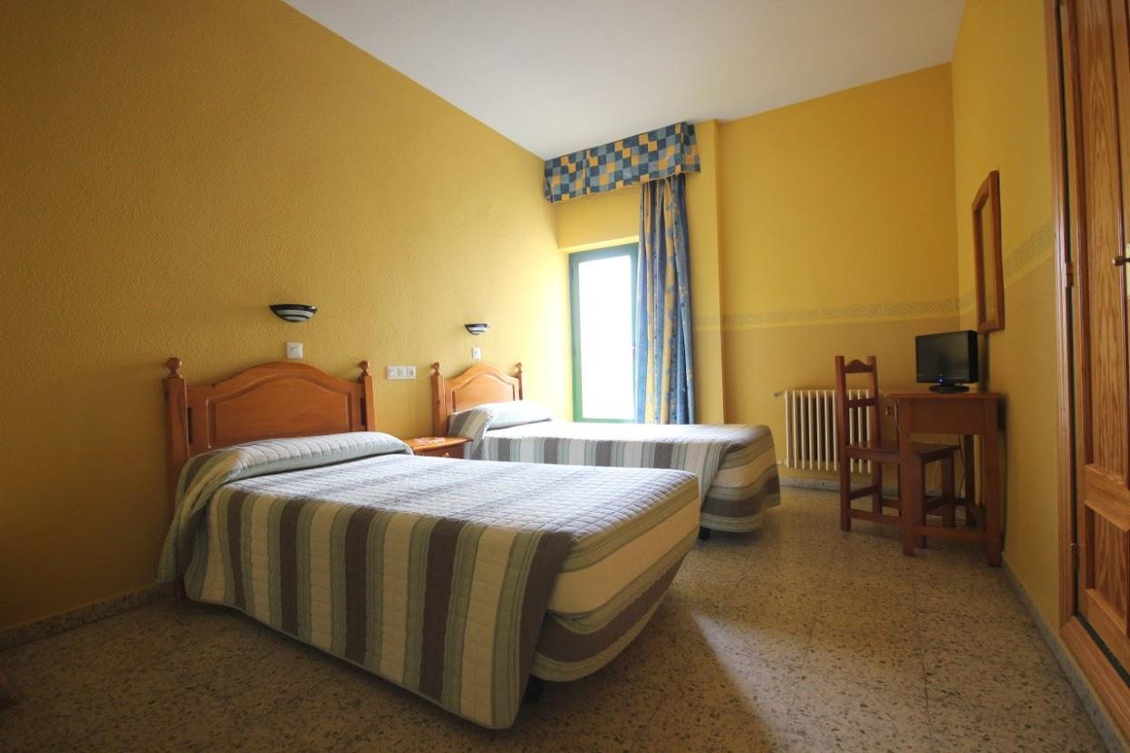 Foto: hotel Fénix Salamanca: habitación de dos camas