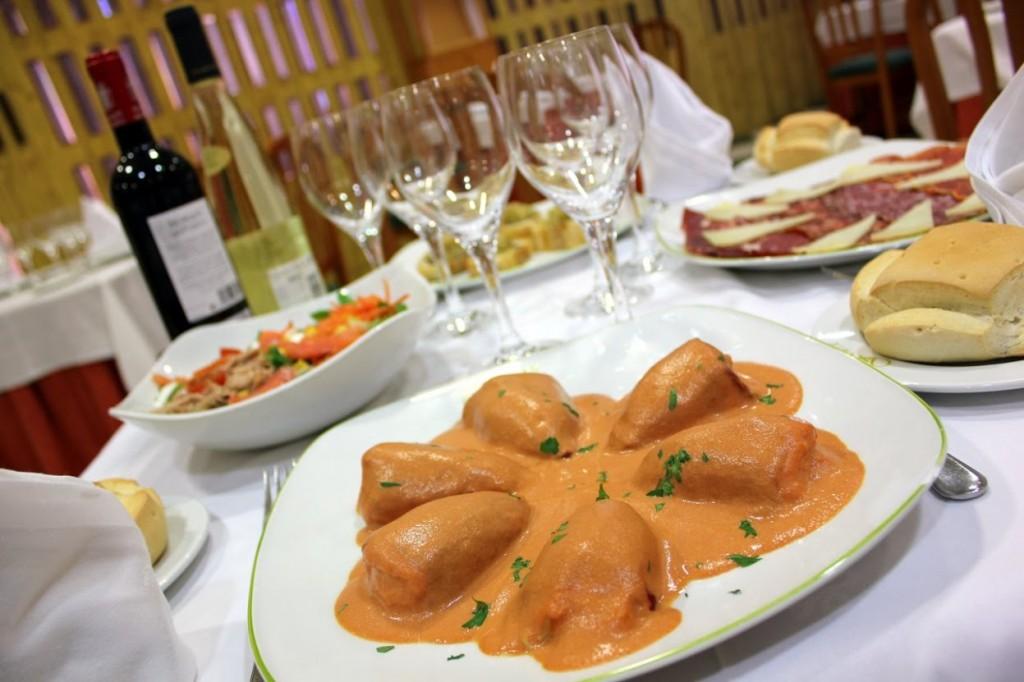 Foto: hotel Fénix Salamanca: pimientos rellenos en restaurante