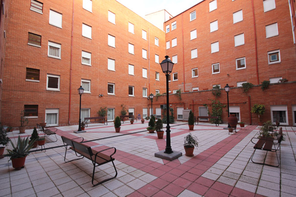 Foto: Residencia universitaria femenina en Salamanca Santa Rafaela