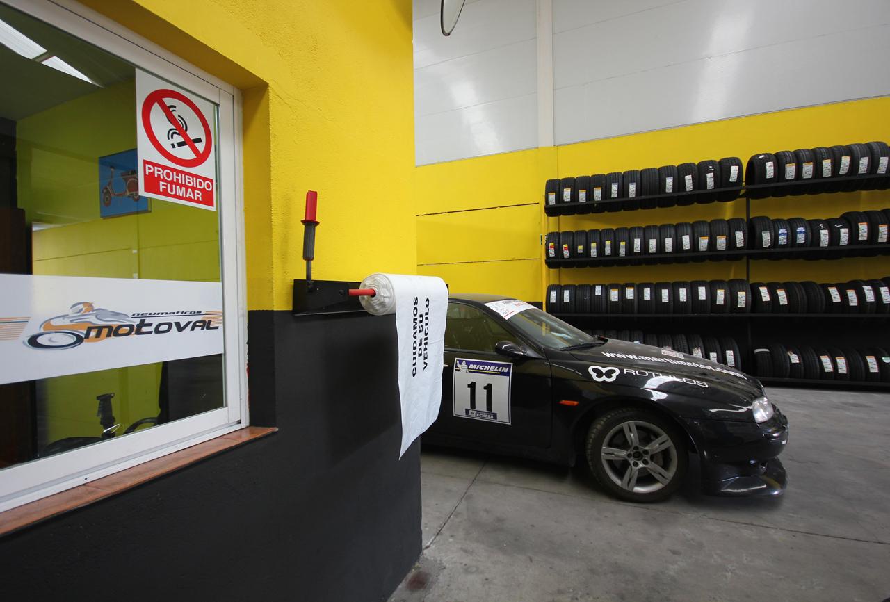 Foto: taller mecanico en Ávila Neumaticos Motoval interior