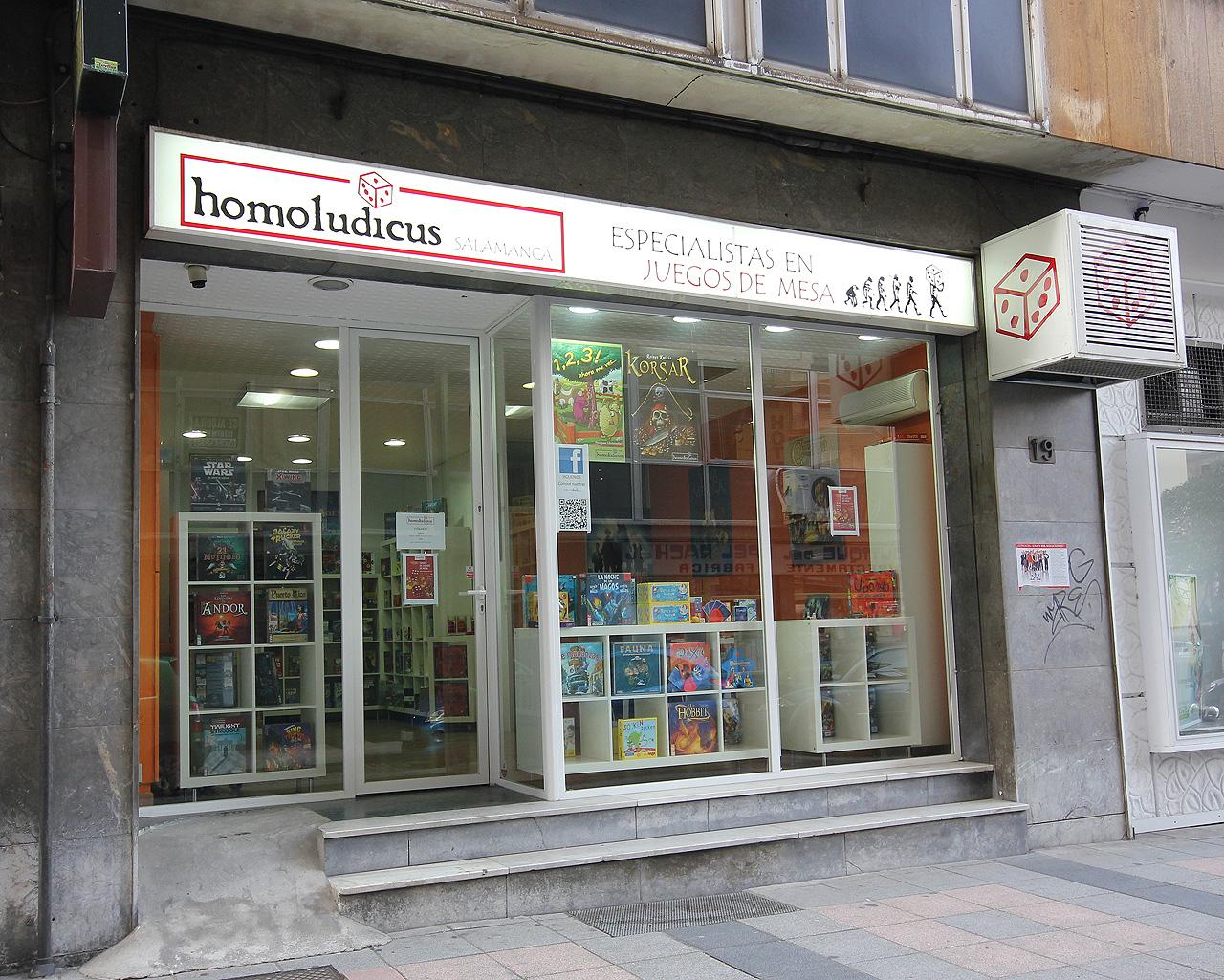 Homoludicus Tienda de juegos de mesa en Salamanca fachada