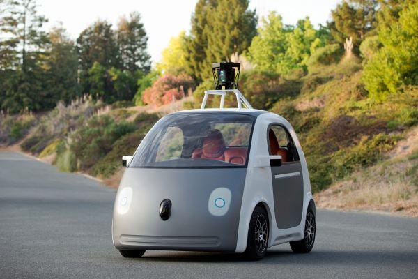 Foto: El coche de Google sin conductor, sin volante ni pedales